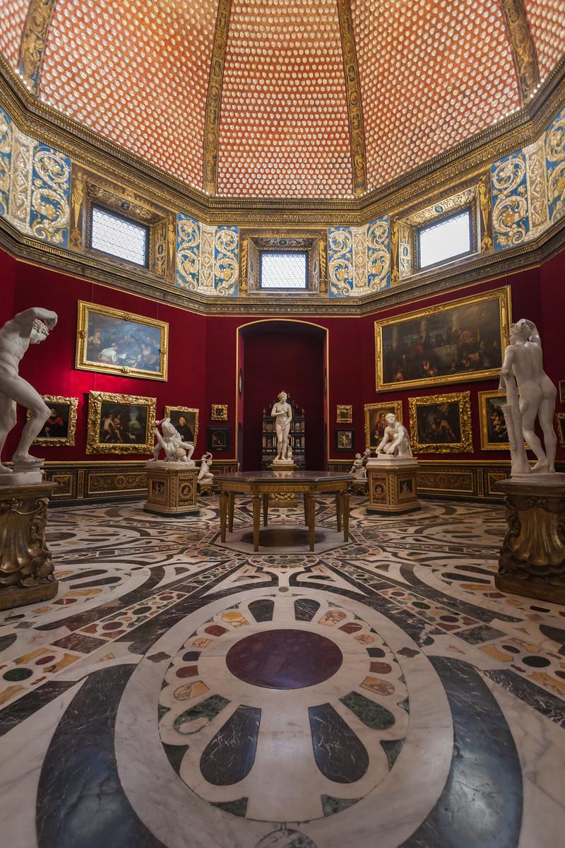 Opulence Within Galleria degli Uffizi