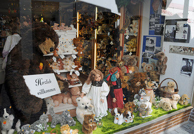 Bacharach Teddy Bear shop