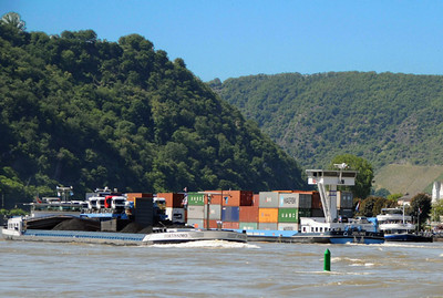 Rhine River barges 05