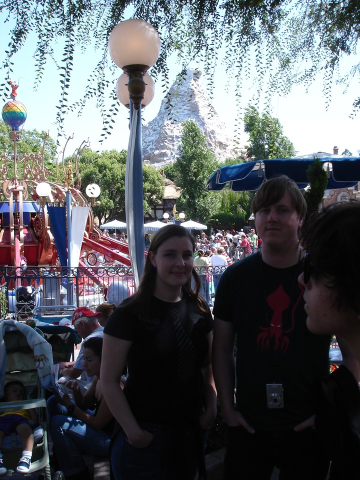 Caitlin and Winslow waiting for Casey Jr.