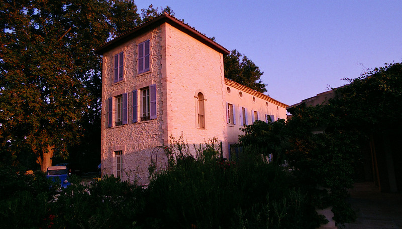 Late afternoon light at Les Carmes.