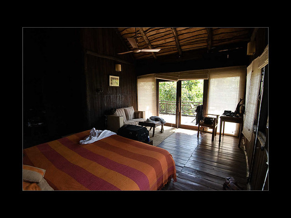 01: Bedroom | Treehouse Hideaway, Bandhavgarh 28 February 2010 NIKON D90; 12-24 mm f/4; Pattern; 1/50 sec at f/9.0; ISO-500;