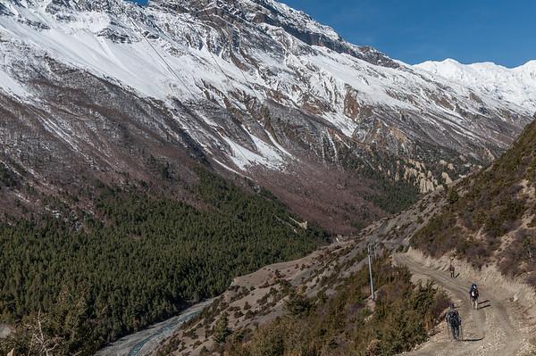 Heading towards Khangsar Village