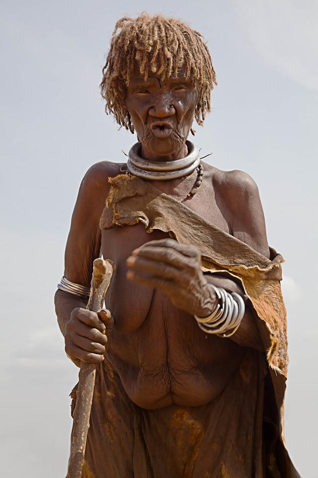 Hamar woman