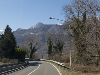 Pictures taken from the front seat of a taxi going from Madesimo in Valchiavenna to Lecco just north of Milan in Italy. Photo: Martin Bager.