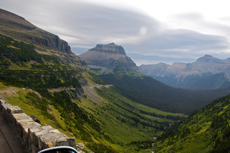 Going-to-the-Sun Highway: The descent to Canada