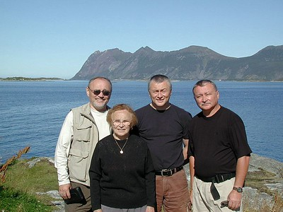 Thats me on the left,  Peter the Norwegian half, and Slavko my oldest brother from St. Catherines.  Also the Matriarch of the family.  Olena Tkaczyk