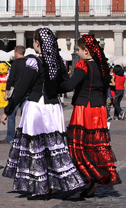 Spanish Girls, Plaza Mayor, Madrid