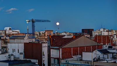 Barcelona Blue Moon