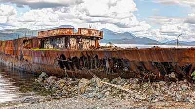 Boat for sale - fixer upper