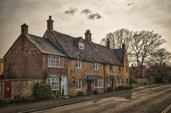 Cotswolds-20120323-083_HDR-Edit