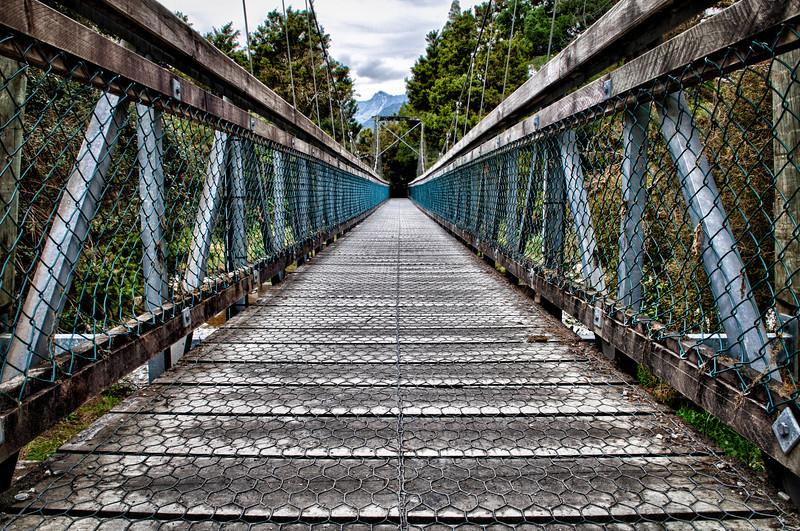 LakeMatheson-20120508-071