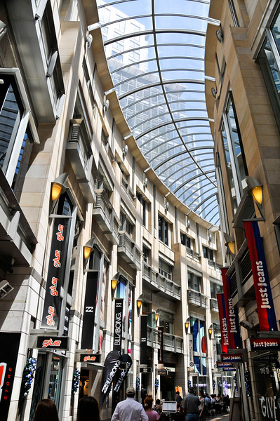 Sydney-20111203-002
