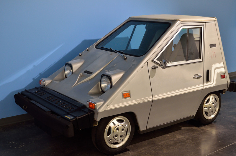 This is an electric 1981 Comuta-Car! This Florida company (Sebring-Vanguard) evidently produced the greatest number of all-electric cars of any company between WWII and 2011.