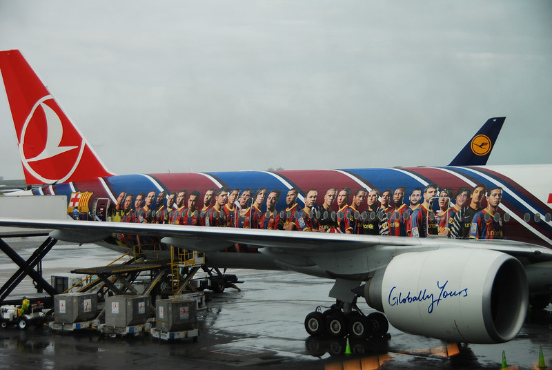 Turkish Airlines Jet with Photo's of Spain's Soccer Team, New York