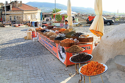 Local stall, outside Uchisar Castle.