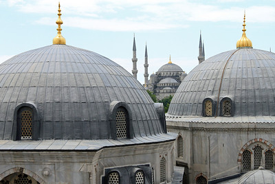 View over the (mausoleum) domes of Haghia Sophia to the Blue Mosque.