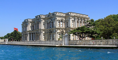 Beylerbeyi Palace besides the Bosphorus.