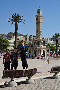 İzmir Clock Tower on Konak Square