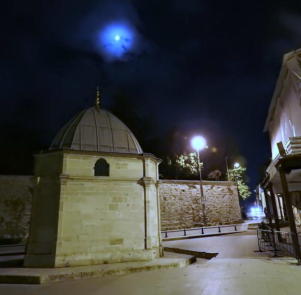 Moonlit street next to Suleimaniye Mosque