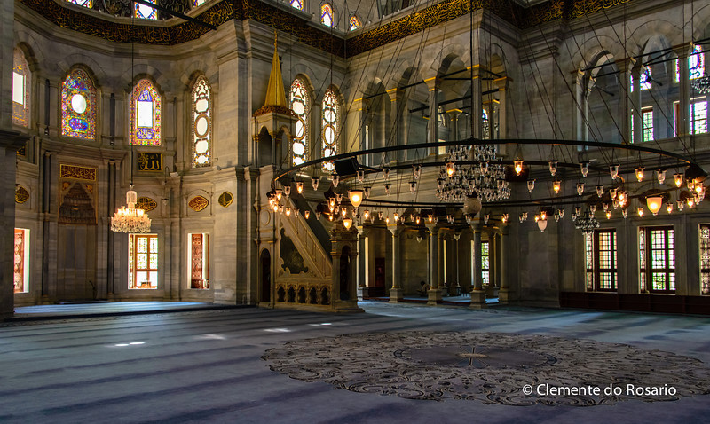File Ref:2013-06-04-Istanbul  283<br /> Massive low hanging chandeliers in the Prayer Hall of the Mosque in Istanbul