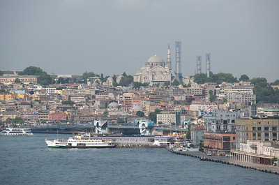 Exotic Istanbul, spanning two continents