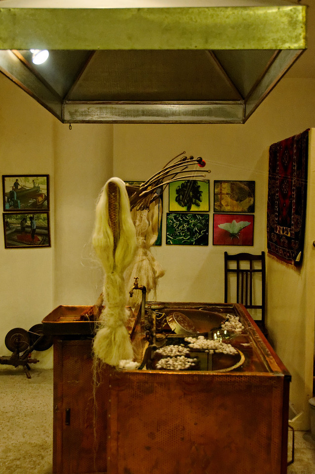 Fabrico da seda<br /> Loja de tapetes- Capadócia