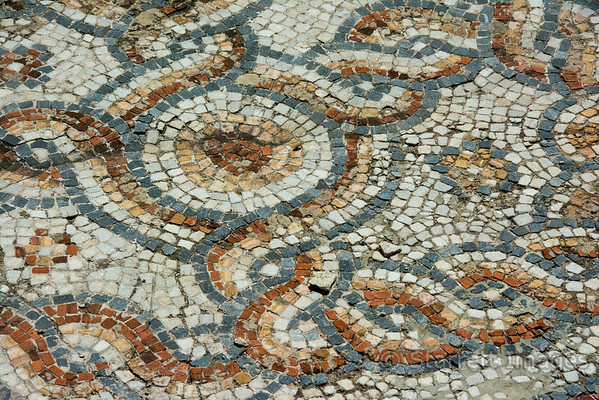Mosaic in the street, 10th century BC