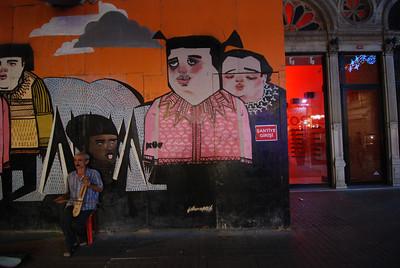 street musician - Istanbul, Turkey
