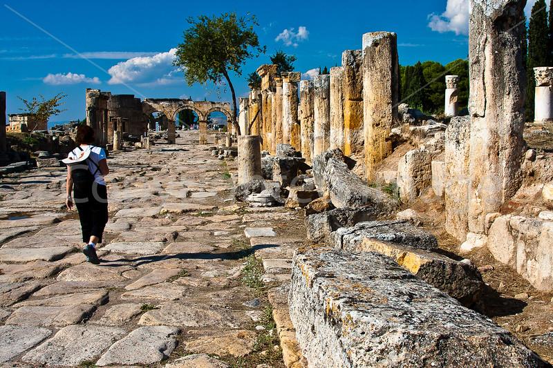 Hierapolis street