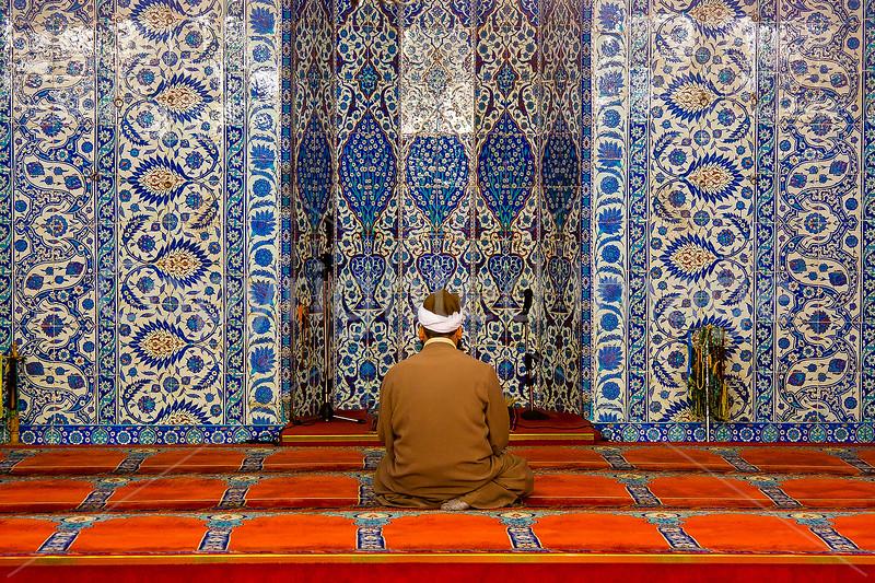 Interior-Rustem Pasa Mosque