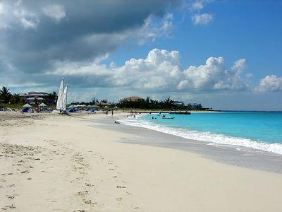 The Sands west to Allegro Resort