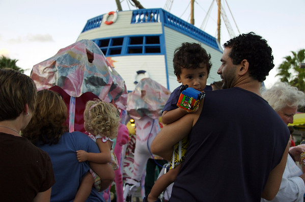 Jaden and Daddy at the underwater parade