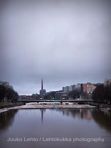 Turku, Åbo. Kevät - Spring Myllysilta: vajoava silta - sinking bridge.