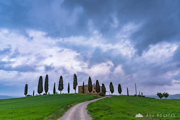 Agriturismo I Cipressini near Pienza on a stormy evening