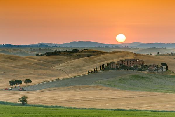 Sunrise, near Siena, Tuscany, Italy, 2014