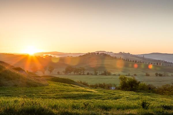 Sunrise near Siena, Tuscany, Italy