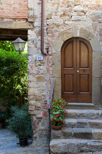 Entryway, street scene in Montefioralle, Tuscany, Italy
