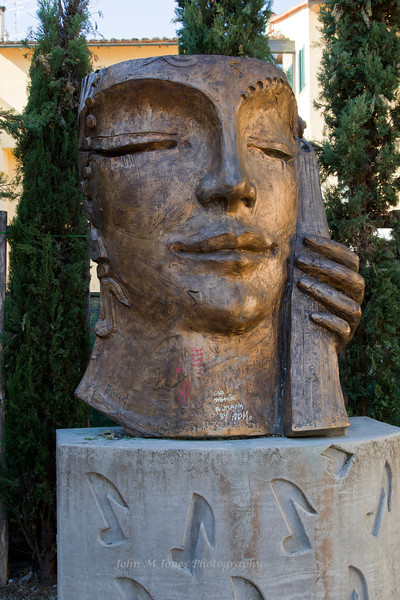 Sculpture in Greve in Chianti, Tuscany, Italy