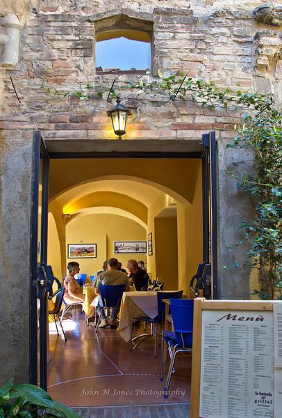 Restaurant, San Gimignano, Tuscany, Italy