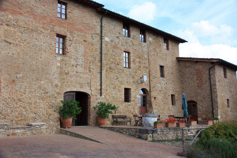 Our last destination of the trip was San Quirico d'Orcia, a small medieval city in the heart of the Val D'Orcia (the valley of the Orcia River). We checked into Residenza  Il Poggiolo, a restored stagecoach inn.