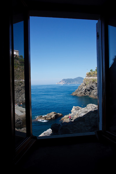From our favorite Manarola cafe near the harbor.