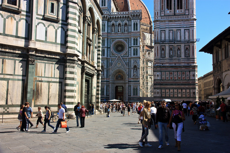 The Piazza del Duomo is one of Florence's busiest, with lots of tour groups, shoppers, . . .