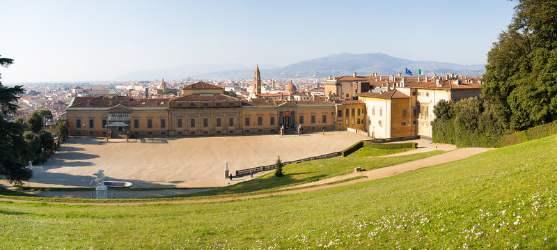 The view of Florence from Boboli Gardens behind the pity palace.