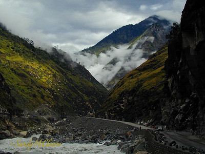 The road near Wangtoo.