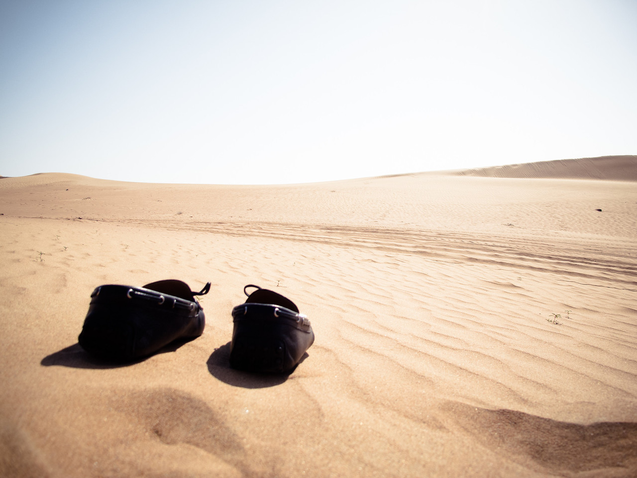 The desert and the wandering shoes