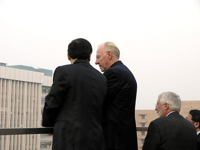 Professor Chung Hsien Yang and Chancellor Vanderhoef on Library balcony during break.