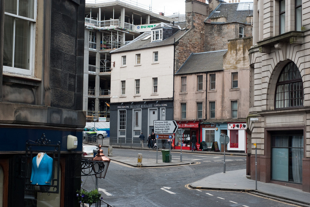 Our tourguide gave us a very long story about Burke & Hare, famous murderers in Edinburgh.