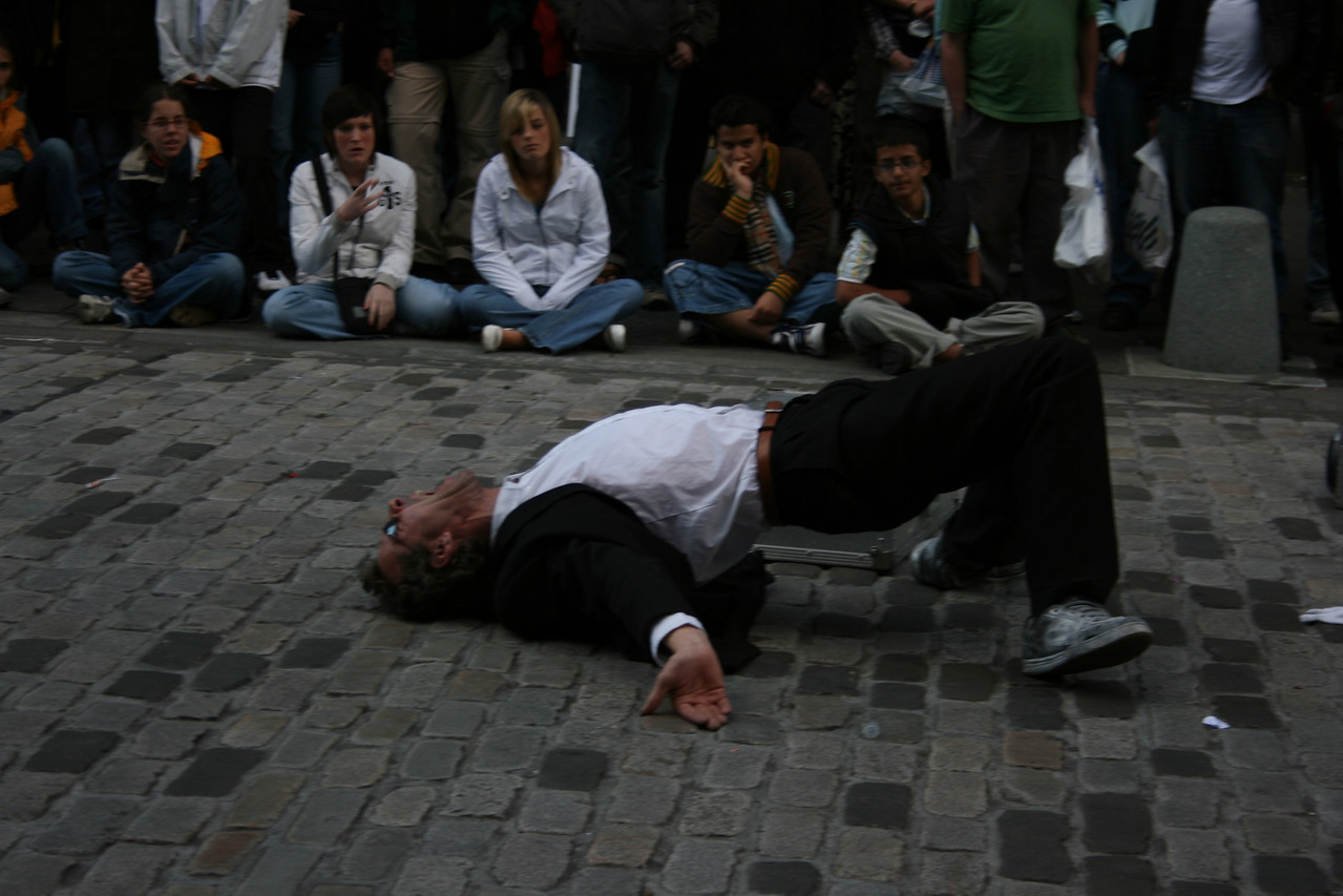 Street performer in Edinburgh.