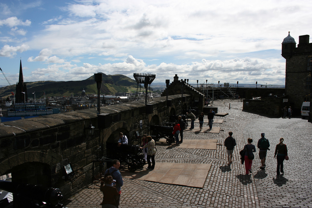 The wall of the Edinburgh Castle.  The wire basket is for building signal fires.